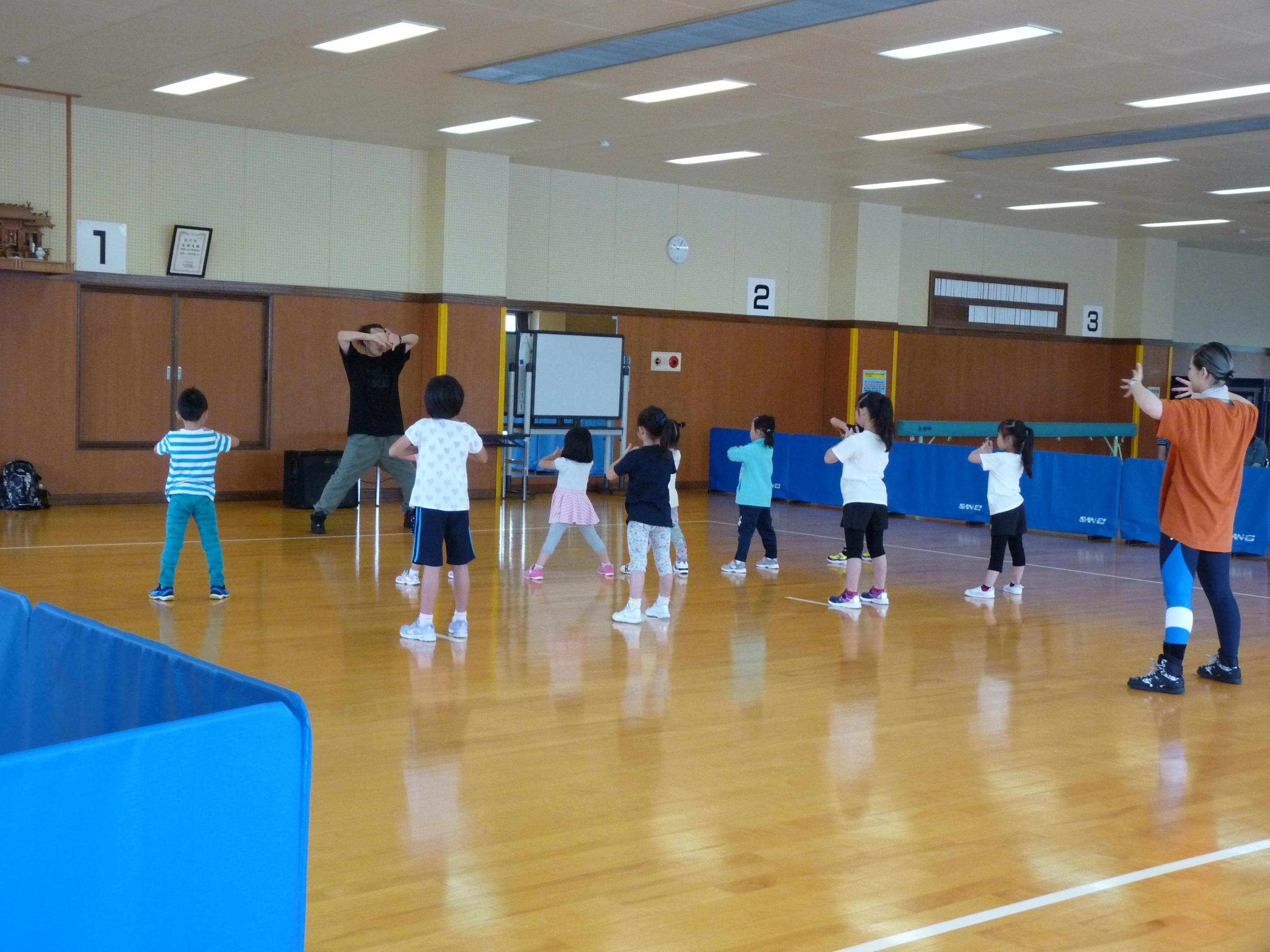 キッズリズムダンス教室